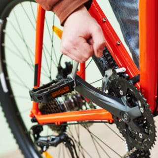 How to Remove Bike Pedals